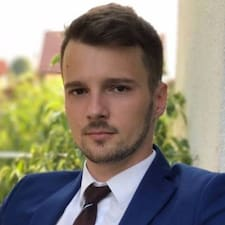 Iulian felhasználói profilja