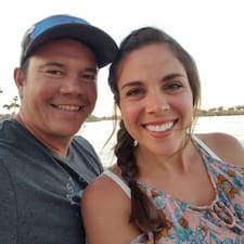 Profilo utente di Caleb And Liz