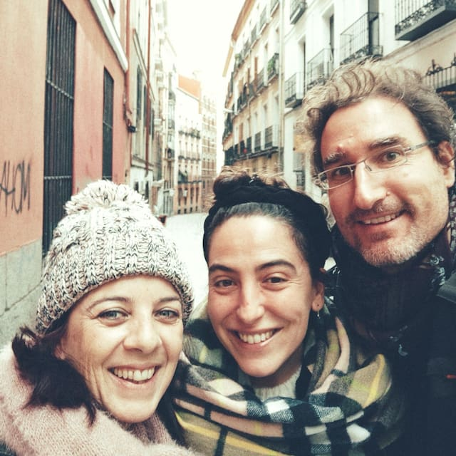 Perfil do usuário de Alfredo, Marta Y Ana - Mahdrid