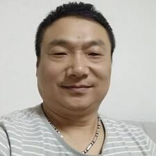 Το προφίλ του/της 长伟