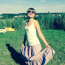 Yaelle User Profile