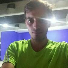 Profil Pengguna Ricardo Agustín