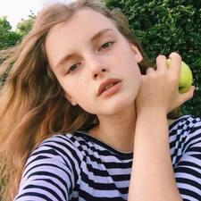 Millie Brugerprofil