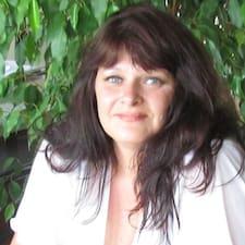 Connie Lynn User Profile