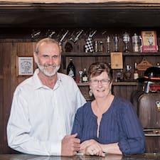 Carolyn & Keith的用戶個人資料