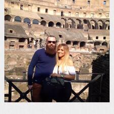 Sarah & Jon Kullanıcı Profili