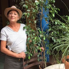 Valarie Brugerprofil