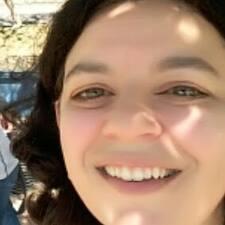 Letícia User Profile