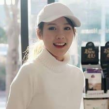 Jaelyn User Profile