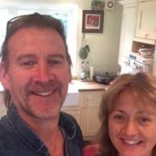 David & Donna ialah superhost