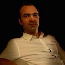 Donatien felhasználói profilja