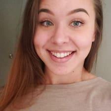 Leigha felhasználói profilja