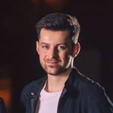 Profilo utente di Rhys