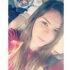 Profil Pengguna Adriana