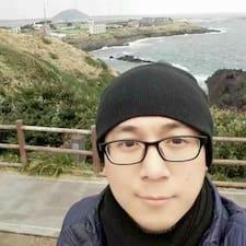 建生 felhasználói profilja