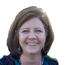 โพรไฟล์ผู้ใช้ Christine B.