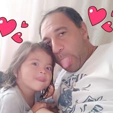 Omar Sergio felhasználói profilja