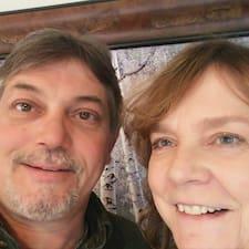 Marc & Sue felhasználói profilja