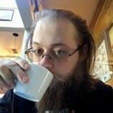 Profil Pengguna Garrett