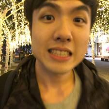 亞倫 felhasználói profilja
