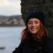 Profil Pengguna Maisie