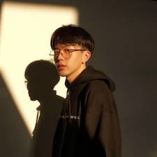 嘉 felhasználói profilja