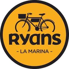 Perfil de usuario de Madeleine Del Hotel Ryans La Marina
