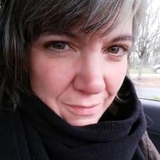 Christin L. - Uživatelský profil