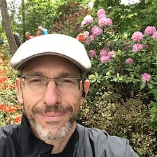 Robert felhasználói profilja