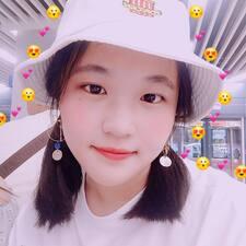 依云 felhasználói profilja
