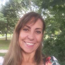 Lucia Cristina felhasználói profilja