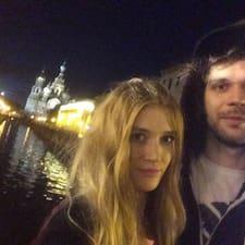 โพรไฟล์ผู้ใช้ Николай И Анна