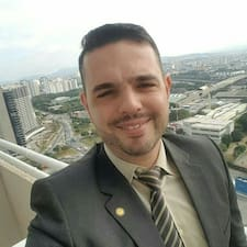 โพรไฟล์ผู้ใช้ Jose Carlos