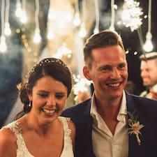 Natalie & Stephen is een SuperHost.