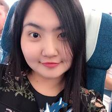 TrầnHuyền User Profile