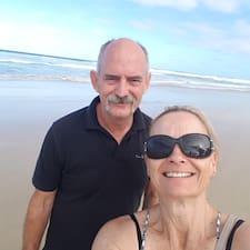 Julie & Paul Brukerprofil