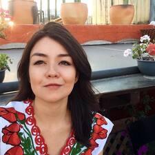 Nutzerprofil von Elena