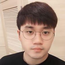 Donghyun felhasználói profilja