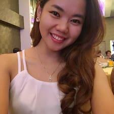 Evelyn felhasználói profilja