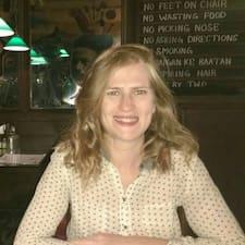 โพรไฟล์ผู้ใช้ Amy