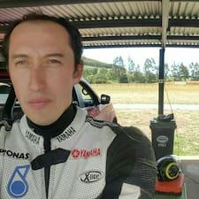 Cristian felhasználói profilja