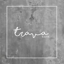 Trava ist ein Superhost.