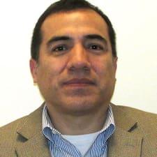 Julio felhasználói profilja