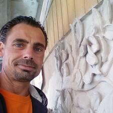 Profil Pengguna Tobias Christian