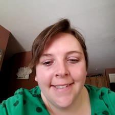 Tabitha felhasználói profilja