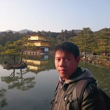 亮絜 User Profile