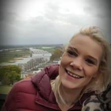 Profil Pengguna Tessa