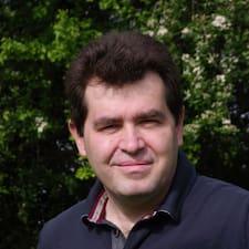 โพรไฟล์ผู้ใช้ Jean-Sébastien