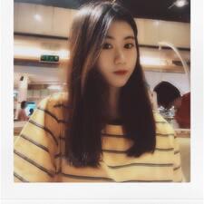 泳瑶 User Profile