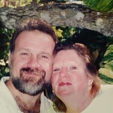 Debbie And Malcolmさんはスーパーホストです。